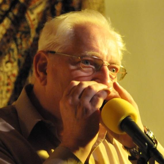 A la mémoire d'Emile et de sa passion pour l'harmonica
